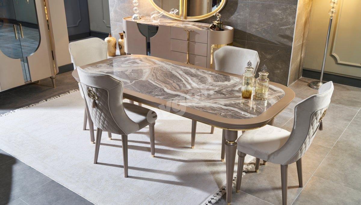 Gucci Yemek Masası