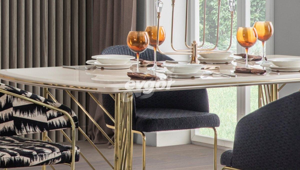 Maron Metal Yemek Masası