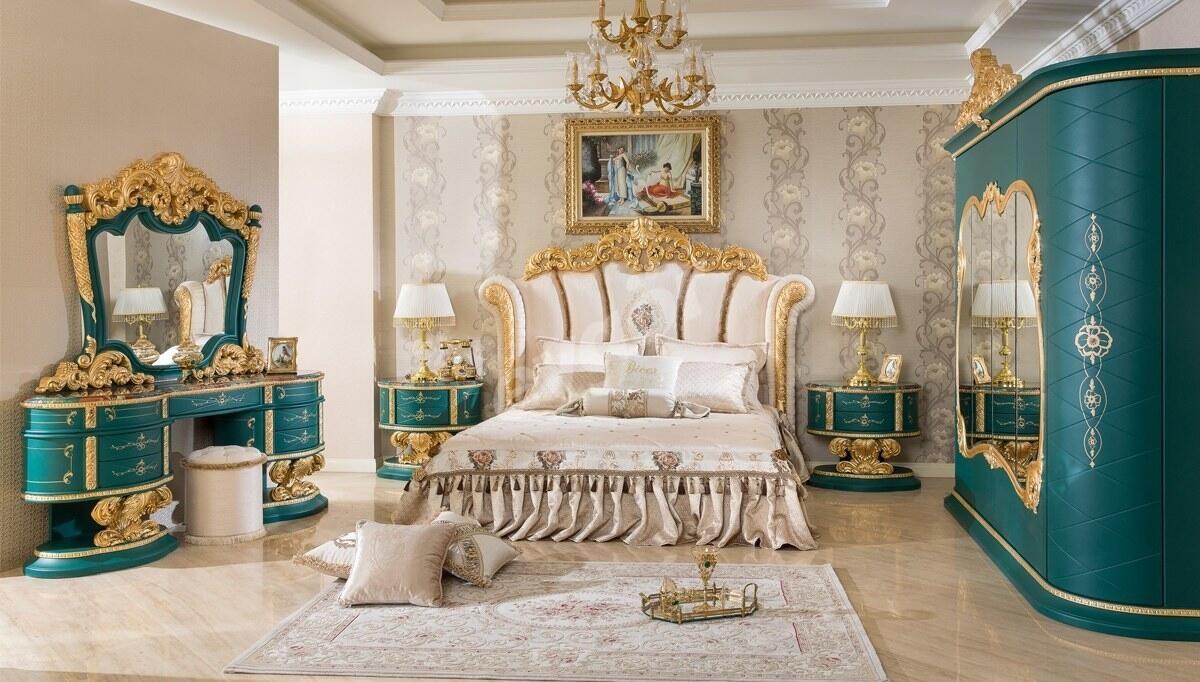Villa Altın Varaklı Yatak Odası